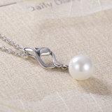女性は925に純銀製の宝石類と一義的なデザイン確実な織り方及び真珠のペンダントのネックレス罰金を科す