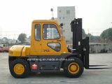タクシーおよびIsuzu日本のエンジンを搭載する7トンのディーゼルフォークリフト