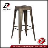 """실내 30 """"와 옥외 금속 카운터 Barstools 건장한 쌓을수 있는 포도 수확 Tolix 작풍 의자"""
