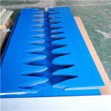 Blaues Polycarbonat prägte Blatt /Plexiglass, das für Trennwand geschnitten wurde