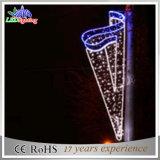 中国の製造者LEDのクリスマスの通りの装飾のポーランド人によって取付けられるライト