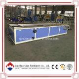 Extrusão da placa da parede da decoração do PVC WPC que faz a máquina