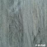 Plancher lâchement étendu gris de planche de vinyle de PVC de la couleur 5/0.7mm