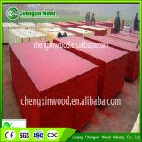 A madeira compensada impermeável para o concreto que dá forma à película de 1220*2440mm enfrentou a madeira compensada da fábrica de Linyi