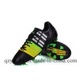 スポーツの販売のための屋外のサッカーの靴