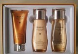 Cadeau de parfum réglé avec Nice l'odeur et beau