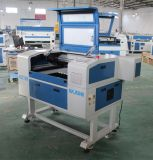 小型レーザーCNC CuttingおよびEngraving MachineレーザーMachine 6040