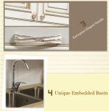 Projeto moderno da mobília da cozinha da madeira contínua (zq-012)