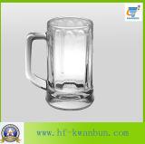 八角形の飾られたガラスは大きい容量のKbHn097のビールのジョッキをすくう