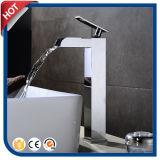 Faucet de bronze da bacia do banheiro do cromo do Faucet da cachoeira (HC12001)