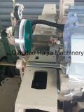 Machine à coudre domestique avec le câble d'alimentation électronique