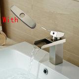 """Mélangeur de bassin de cascade à écriture ligne par ligne de salle de bains avec """" plaque 10"""