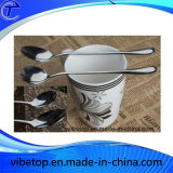 Varia cucharita de café material del té o del estilo antiguo