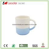 Taza de cerámica blanca al por mayor del té con color verde adentro