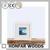 簡易性現代白い木製映像の写真フレーム