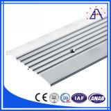 Pièces en aluminium de /Aluminum Changhaï de profil de commande numérique par ordinateur (BR154)