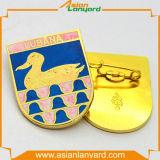 Emblema do logotipo do projeto do cliente com ouro do chapeamento