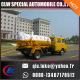 De kleine VacuümVrachtwagen van de Zuiging van de Riolering, de Vrachtwagen van de Tanker van de Zuiging van de Riolering