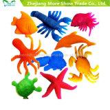 熱いプラスチック水和物の海洋動物マジックは水おもちゃで育つ