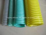 Les Chinois fabriquent le boyau ondulé flexible d'aspiration de PVC de spirale