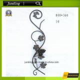 El panel ornamental de la uva del hierro labrado para la decoración de la puerta del hierro del pasamano del hierro