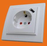 Стенная розетка с типом Европ штепсельных вилок USB - одобренным Ce (F8810)