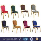 Empilar la silla de aluminio del banquete de la boda de los muebles del hotel