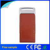 Vara de couro vermelha feita sob encomenda 16GB do USB do logotipo da gravura