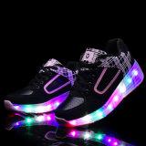 2016 neu! ! Hotsale! ! Kind-Rollen-Rochen bereift nachladbare LED-blinkende Kind-Schuhe mit einziehbaren Rad-Kind-Sport-Schuhen