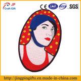 ロゴのカスタム方法刺繍のバッジ