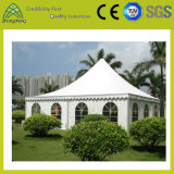 Tente en aluminium imperméable à l'eau blanche personnalisée de PVC de famille