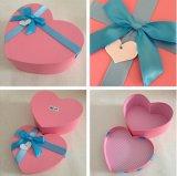 Rectángulo de empaquetado del corazón del chocolate rosado de la cartulina