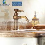 浴室のための旧式な青銅色の洗面器Mixer&Faucet