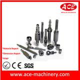 Часть CNC стали оборудования подвергая механической обработке