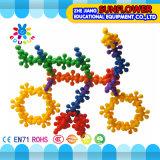 Bouwstenen van de Bloesem van de Pruim van het Stuk speelgoed van de Desktop van kinderen de Plastic