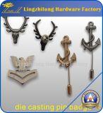 Kundenspezifisches getroffenes Metallmilitärabzeichen mit langem Stock