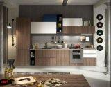 Gabinete de cozinha clássico barato por atacado da madeira contínua