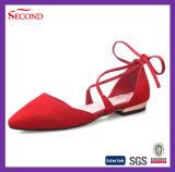 Sandálias de couro pretas das mulheres da faixa
