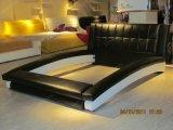 A060熱い販売の寝室のベッドのインドネシアの家具