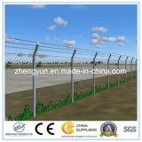 高機密保護のチェーン・リンクの網空港塀