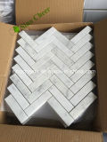 Mosaico de mármore branco Herringbone de Carrara