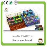Оборудование 2017 спортивной площадки новой конструкции Tongyao крытое для малышей