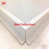 Tarjeta decorativa de aluminio del techo del panel de la azotea del panel de techo del orificio
