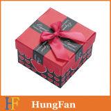 Rectángulo de papel de empaquetado del regalo de diverso reloj del color con la mariposa de la cinta