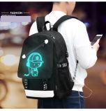 Leuchtender Rucksack mit einem inneren USB Datacabl