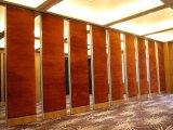 China-akustische dekorative faltende Bildschirm-hölzerne Innentrennwand für Esszimmer