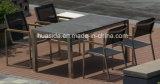 Прямоугольная длинняя обедая таблица с мраморный верхней частью таблицы и 6 стулами