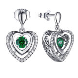 L'argento di figura 925 del cuore ciondola la pietra di Dancing del diamante di colore degli orecchini