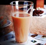 ウィスキーのコップのガラスコップの飲むガラスビールコップ