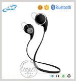 La cuffia di vendita calda CSR4.0 di Bluetooth mette in mostra il trasduttore auricolare